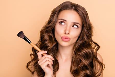 Hvordan vælger du den bedste blush? Vi har svaret!