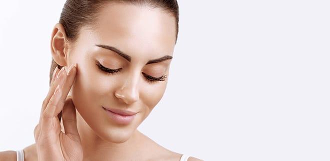 Så här fixar du en strålande sommar-makeup! Get the glow!